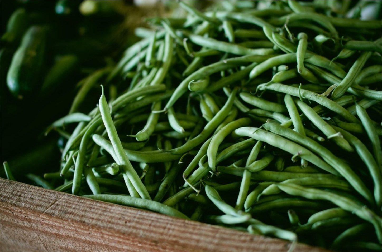 grüne Bohnen auf dem Gemüsemarkt