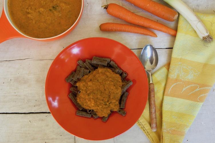 vegetarische bratensoße auf Gemüsebasis