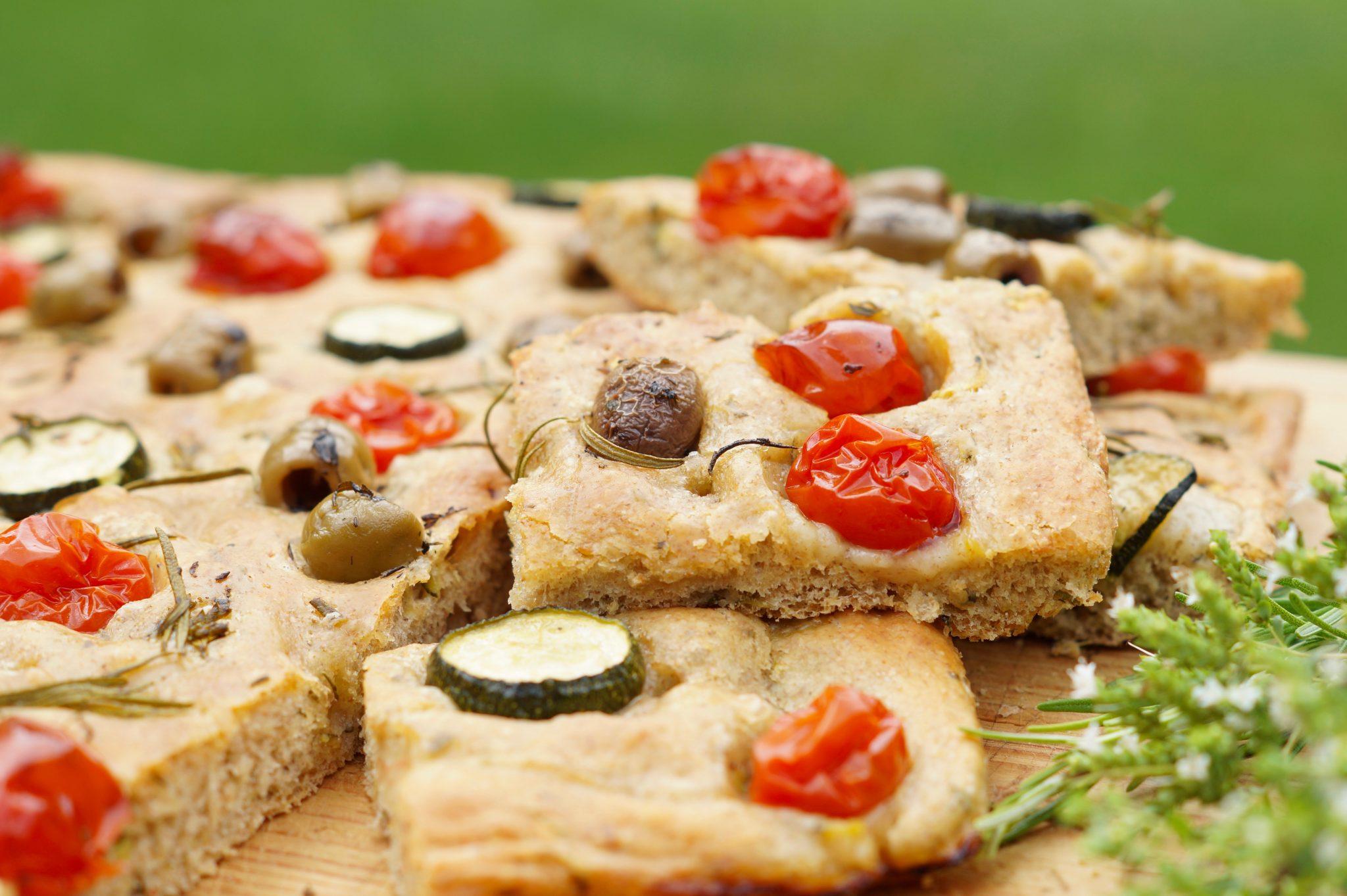 Focaccia - italienisches Fladenbrot - einfach köstlich
