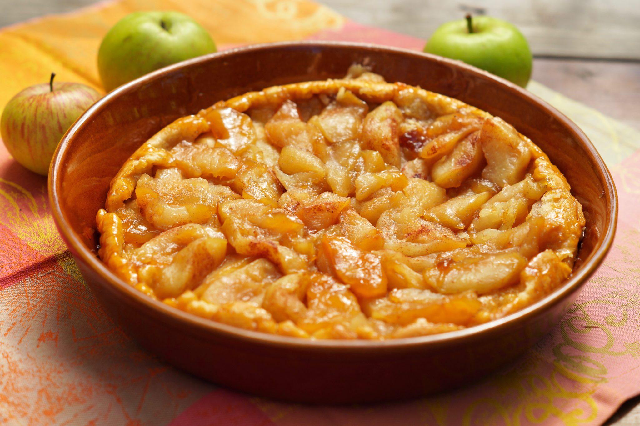 Französischer Apfelkuchen: Torte Satin mit karamellisierten Äpfeln