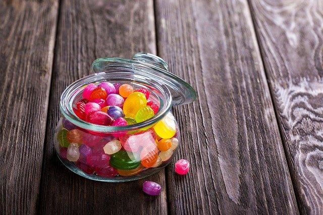 Süßigkeiten im Glas, Zucker, Kalorien