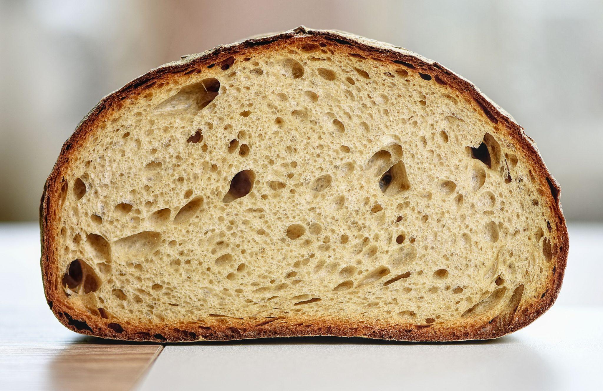 saftiges, luftiges glutenfreies Brot